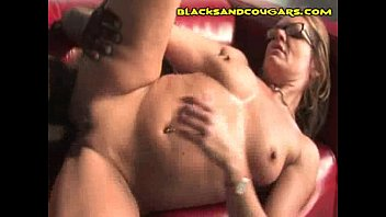 her cums juggs sex on with after babe of man nice African bath spycam