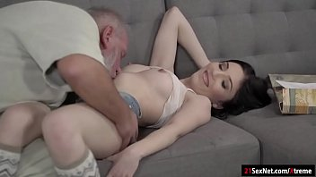 mia madre inculo New sorority girl tricked to fuck uncle