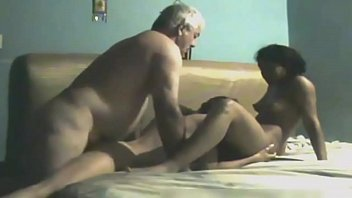 pose tranny in and man 69 Porno menores de edad
