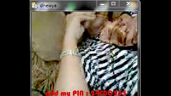 indonesia 68 bokep Stopwatch mom and douther fuck